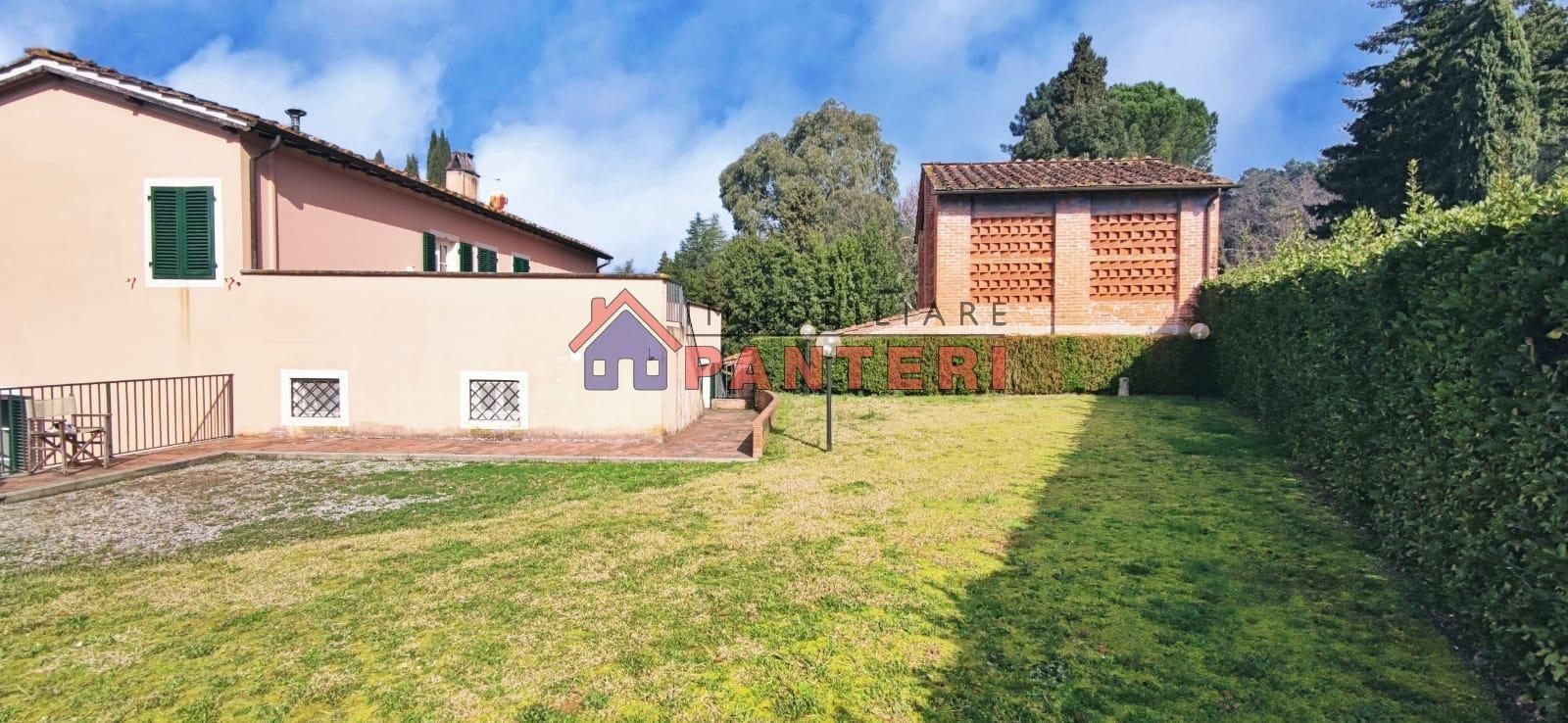 Villa unifamiliare via Villa Pucci, Capannori